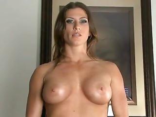 Ariel X Nude Pec Bounce