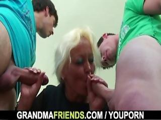trojka, třída, babičky, dospělé, staré, kunda