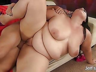Pretty Plumper Becki Butterfly Gets Fucked Hard