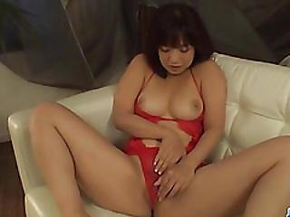 Sexy Ass, Wakaba Onoue, Receives Deep Pleasure In Her Vag