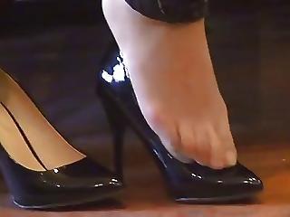 Asian Hosed Nylon Feet Shoeplay With High Heels
