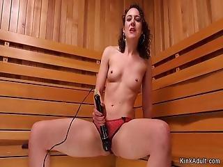 bdsm, sexando, sexar con máquina, solo, jugetes
