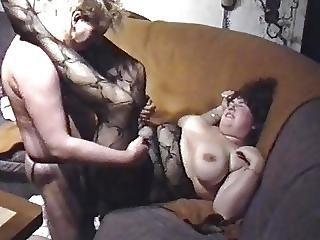 Bbwife Verena Auf Dem Sofa Gefickt 1
