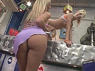 Hot Blonde Babes Enjoying Amazing Threesome Action