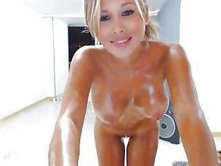 Cam4 Prettycaroline Oiled Babe With Great Tits?p=13&ref=index