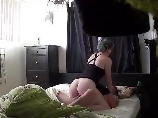 Πώς να προετοιμαστεί για το πρώτο πρωκτικό σεξ