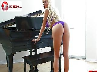 Summer Brielle Purple Passion Full Hd 1080p