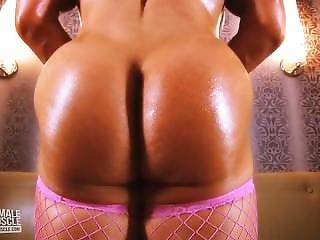 Brandi Mae Busty Muscle Nude Workout Video
