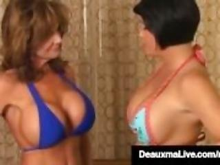 asiat, stort bryst, biknini, sort, bryst, brunette, fake bryster, lesbisk, milf, pornostjerne, tattovering