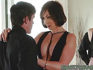 Banging Hot Stepmom And Cum So Hard In Her Mouth