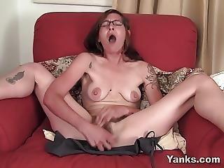 Naughty Amateur Sylvie Masturbating