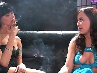 engels, cigaret, milf, porno ster, roken