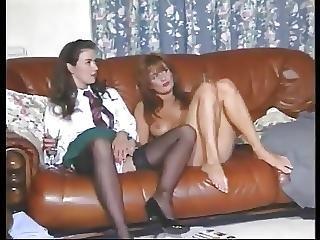 Lesbian Vida Garman Plays With Her Girl Friends