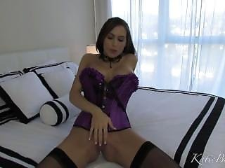 Katie Banks - Corset Cum Show