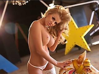 cull, bambola, culo grande, tette grandi, bionda, mora, prosperosa, latina, modella, softcore