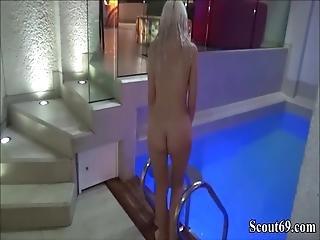 knulling, tysk, hårete, liten, basseng, offentlig, sex, svømmebasseng, Tenåring
