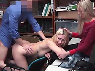 chick, blonde, pijp, lief, neuken, mam, kantoor, realiteit, kleine tieten, Tiener, dief, uniform