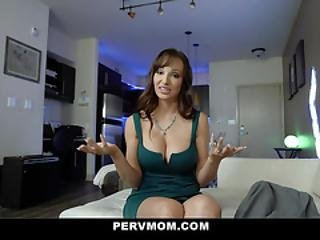 Pervmom - Busty Milf Wakes Up To Suck Big Dick