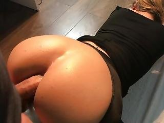 Deep Anal With My Stepsister