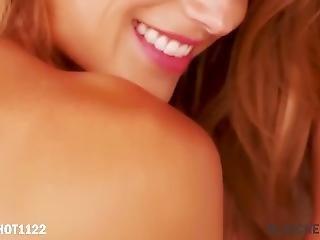 Lesbians Having Fun - Super Models Pmv - Aiden Kross - Sexy Flow Ft. Della