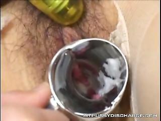 Asian Creamy Orgasm Spreading With Speculum