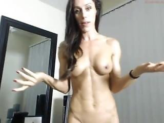 Fit Lean Muscular Cam Girl Shows Sexy Body