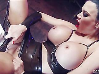 Jasmine Jae Always Goes To The Fetish Clubs, And She Usually Ends Up