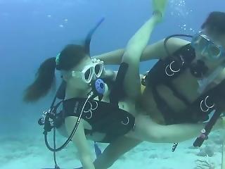 Japanese Scuba Girl Underwater Sex 2