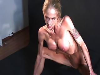 skinny muscular nude girls