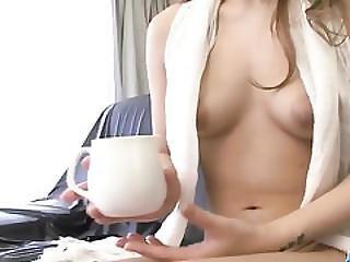 Luna Shaving Her Twat Before Fingering Until Orgasm