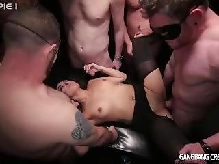 Sexy Brunette Gets The Fucking Of Her Life Fucked By 5 Cocksmen