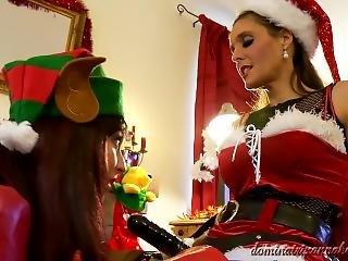 Dominatrixannabelle 12. Pegging Her Christmas Slave