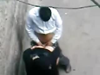 Public Arab Wife In Niqab Fuck In The Medina For Money ??????? ????????