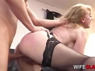 Lazy Office Worker Fucked By Hot Mature Boss Nina