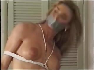 Kelly Ashton Bondage