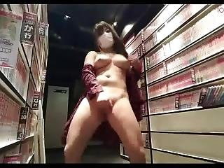 Japanese Bigtits Almost Get Caught Naked&masturbate At Manga Cafe Live Chat