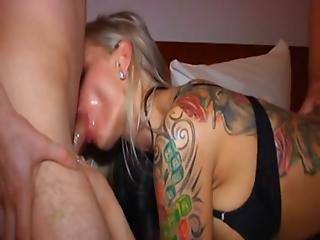 Amateur, Blonde, Dp, Gangbang, Duits, Hotel, Tattoo, Vrouw
