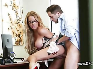 Perfect Office Sex With Sleek Secretary