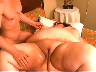 seks-igrushki-tolstushki