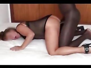 Slut Enjoys Cuck Wanks