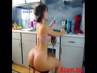 Girl Sexydea Masturbating On Live Webcam