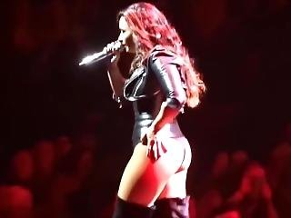 Lovato Latex Thong Ass
