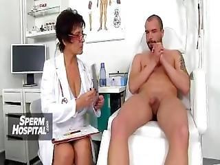 Czech Amateur Beauty Emma Sucking Fat Dick Then Fuck