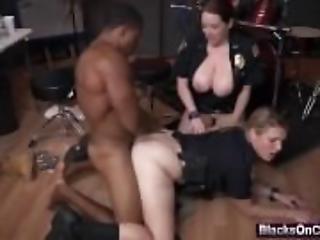 poppe grandi, cazzo grande, poppe, grassa, ufficio, troia, sesso a tre, uniforme