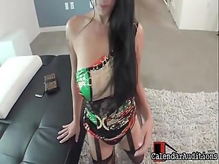 16 Veronica Fan