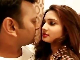 Hot Cute Indian Sexy Teen Babe Forcly Kissed By Ex Bf- Desiguyy