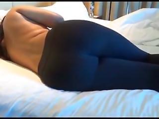 Sexy Ass In Leggins Gets Massaged.