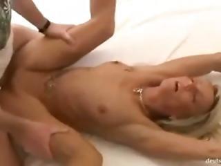Blondyna Daje Ca?y Pakiet