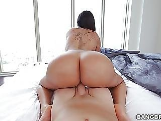 Booty View
