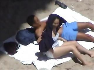 Best.on.a.beach-018.avi